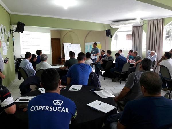 Profissionais da Copersucar em encontro da Escola de Liderança, realizada em 2017. Divulgação/Copersucar